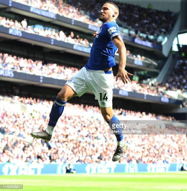 Cenk Tosun of Everton celebrates his goal during the Premier League match between Tottenham Hotspur and Everton FC at Tottenham Hotspur Stadium on...