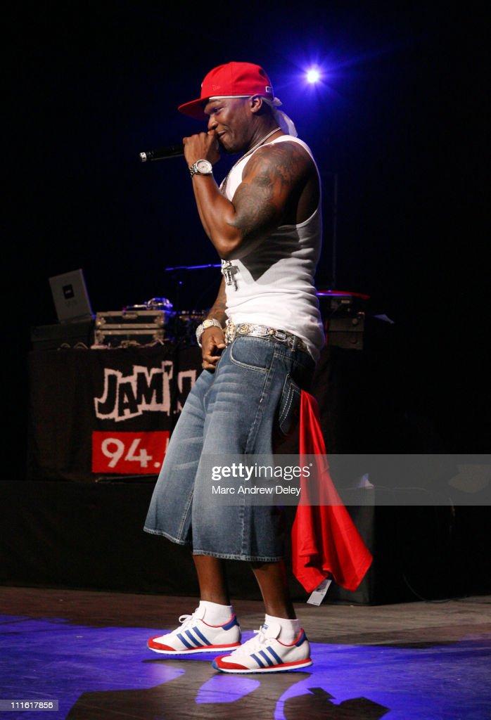 JAMN 94.5 FM - Summer Jam 2007 - Show : News Photo