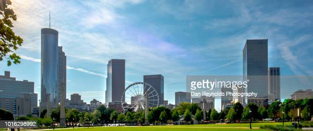 centennial park, downtown atlanta,ga - atlanta skyline stock pictures, royalty-free photos & images