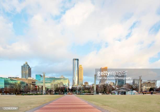 centennial park, downtown atlanta,ga - atlanta stock-fotos und bilder