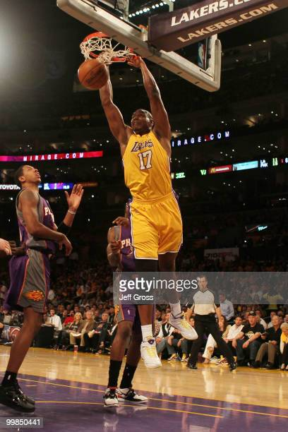 Center Andrew Bynum of the Los Angeles Lakers dunks the ball against the Phoenix Suns in Game One of the Western Conference Finals during the 2010...