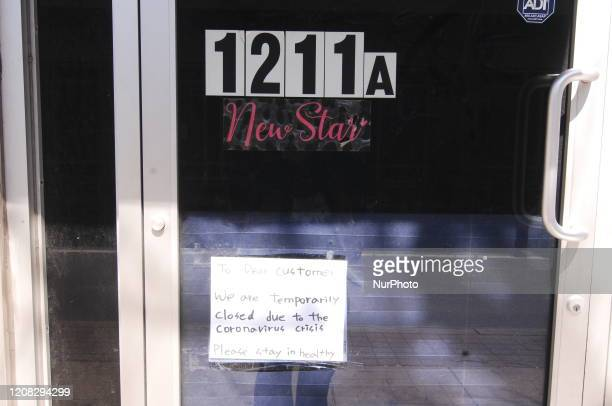 Center City businesses post handwritten notes to customers to inform them they are closed due to Coronavirus in Philadelphia PA on March 26 2020