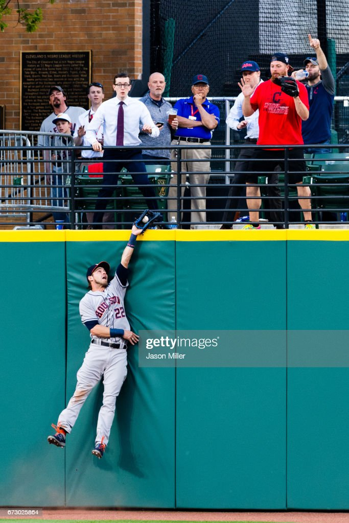 Houston Astros v Cleveland Indians