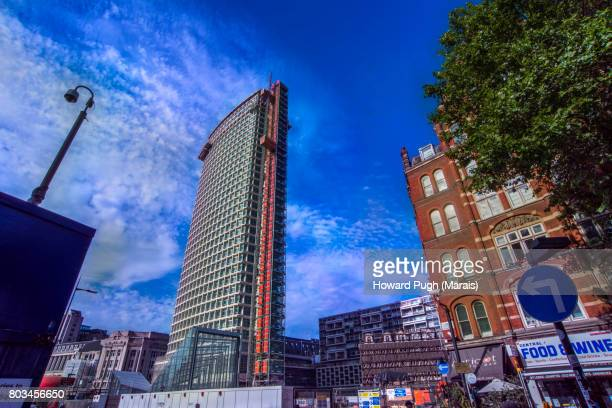 center point: architecture and urban life - centre point stock photos and pictures