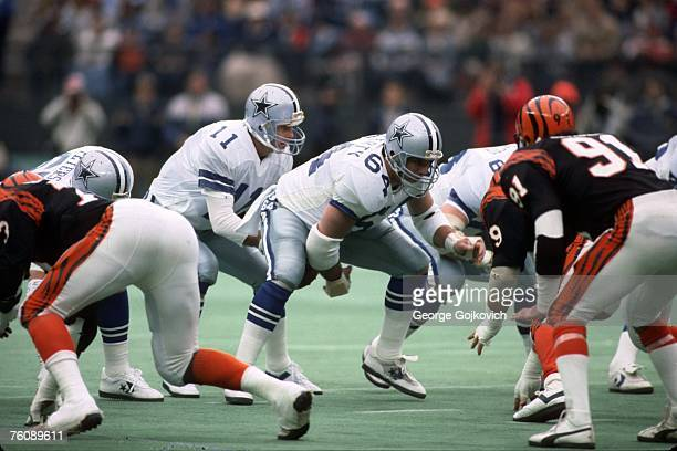 Center Tom Rafferty of the Dallas Cowboys snaps the ball to quarterback Danny White during a game against the Cincinnati Bengals at Riverfront...