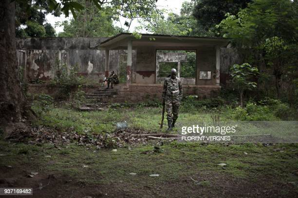 Central African Armed Forces soldiers train at Kassai camp in Bangui on March 14 2018 At this location the European Union training mission in the...
