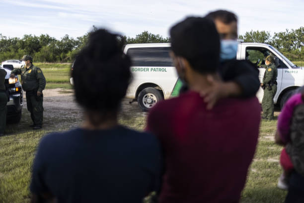 TX: 'Dreamers' Bill Stirs Partisan Fight Over Border Enforcement