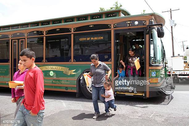central american refugees, south texas, summer 2014 - mcallen texas stock pictures, royalty-free photos & images