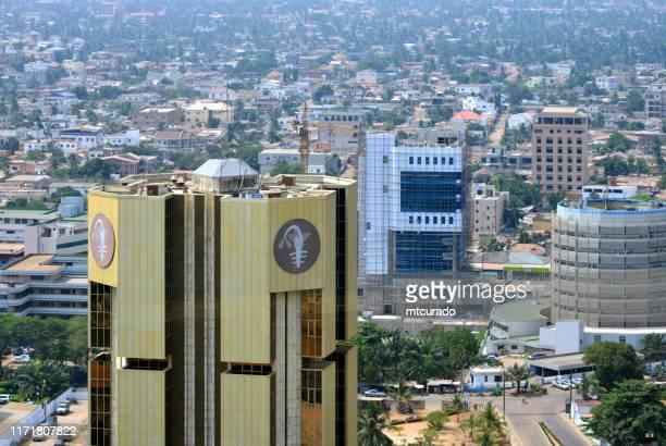 banco central de los estados de africa occidental - bceao, emite el franco cfa de africa occidental, lomé, togo - togo fotografías e imágenes de stock