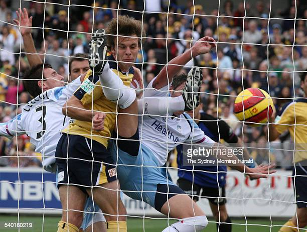 Central Coast Mariners versus Sydney FC The Mariners thought they had opened the scoring as Adam Kwasnik forces the ball into the net despite the...
