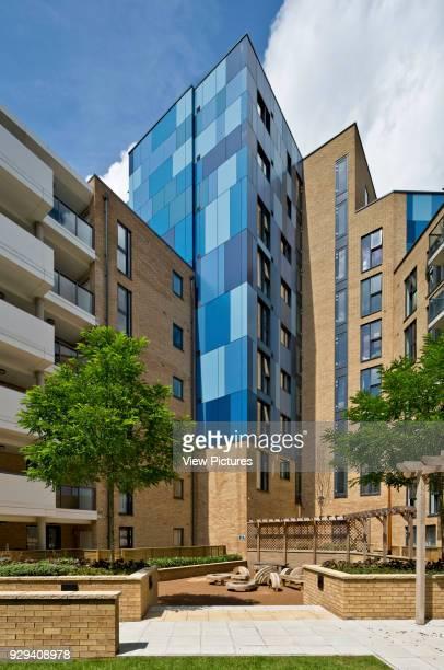 Central courtyard to blocks Central Park Apartments Lewisham London United Kingdom Architect bptw partnership 2014