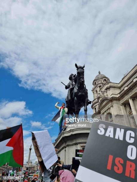 Central London, England. 22nd May 2021. Thousands of people attend a rally in support of free Palestine and an end to illegal occupation of Gaza.