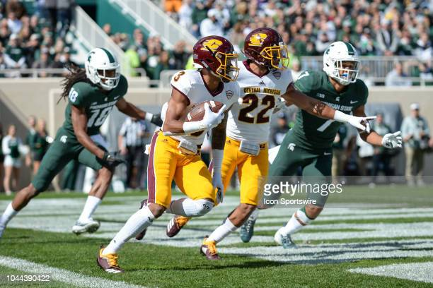Central Michigan Chippewas cornerback Sean Bunting returns an interception in the end zone during a nonconference college football game between...