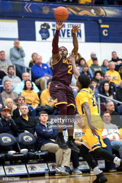 Central Michigan Chippewas G Braylon Rayson shoots as Kent State Golden Flashes G Jaylin Walker defends during the first half of the MAC men's...