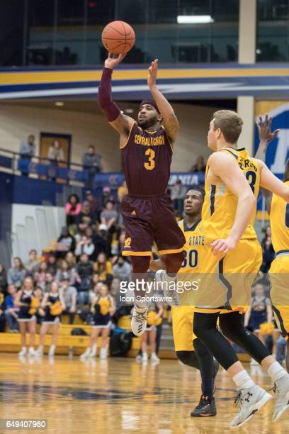 Central Michigan Chippewas G Marcus Keene scores with a threepoint shot to beat the buzzer to end the first half of the MAC men's basketball...