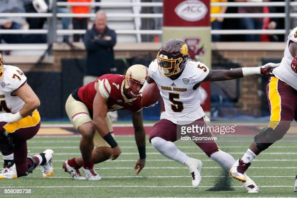 Central Michigan running back Jonathan Ward cuts back against the grain during a game between the Boston College Eagles and the Central Michigan...