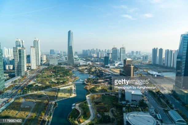 central park in songdo international city - south korea stock pictures, royalty-free photos & images