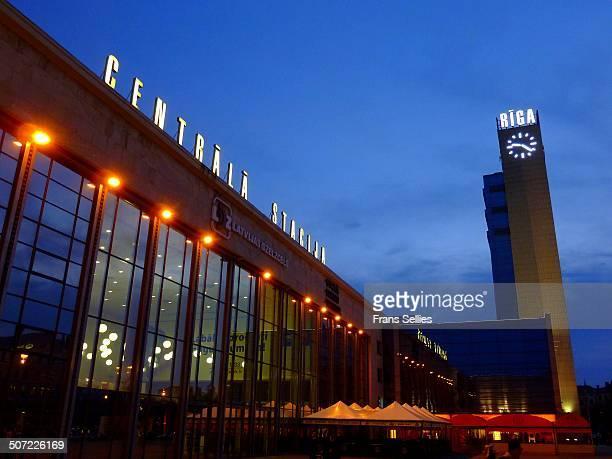 central railway station of riga - frans sellies stockfoto's en -beelden