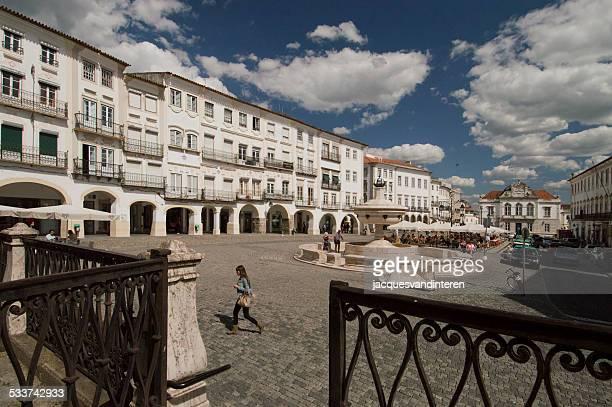 Central plaza de évora, Portugal