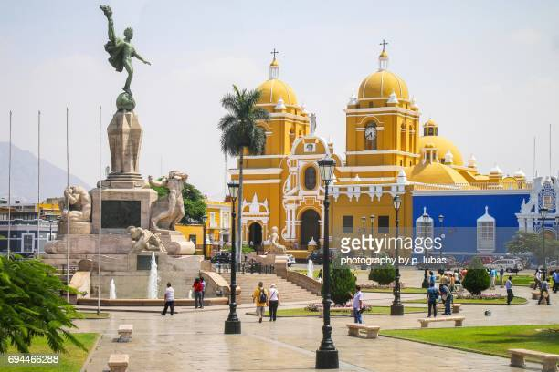 central square - trujillo, peru - peru stock pictures, royalty-free photos & images