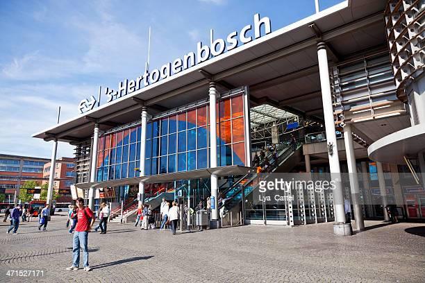 central station 's-hertogenbosch - 's hertogenbosch stockfoto's en -beelden