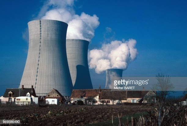 Centrale nucléaire de Dampierre à DampierreenBurly dans le Loiret France