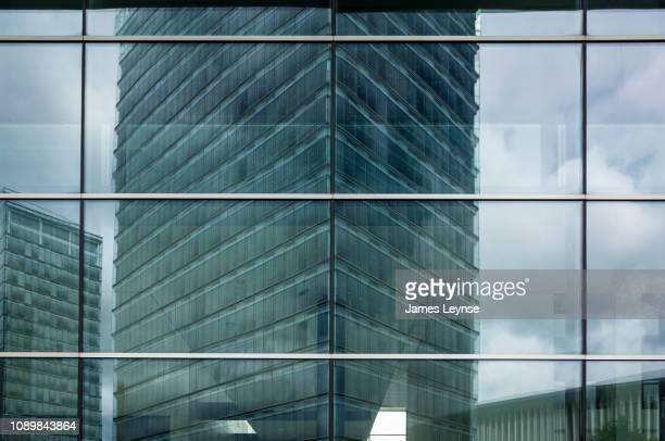centre de conference, luxembourg congres - luxemburgo fotografías e imágenes de stock