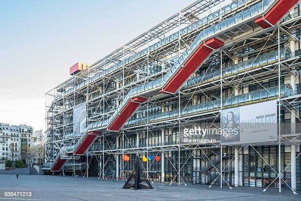 centre pompidou - centre georges pompidou stock pictures, royalty-free photos & images