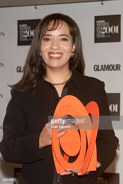 """Ceo of CNBC, Pamela Thomas Graham honored at Glamour Magazine's """"Women Of The Year 2001"""" award ceremony at the Metropolitan Museum of Art in New York..."""
