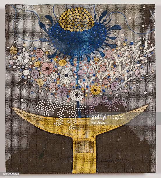 ceramic plate painting by tatsuya kodaka - free mosaic patterns stock pictures, royalty-free photos & images