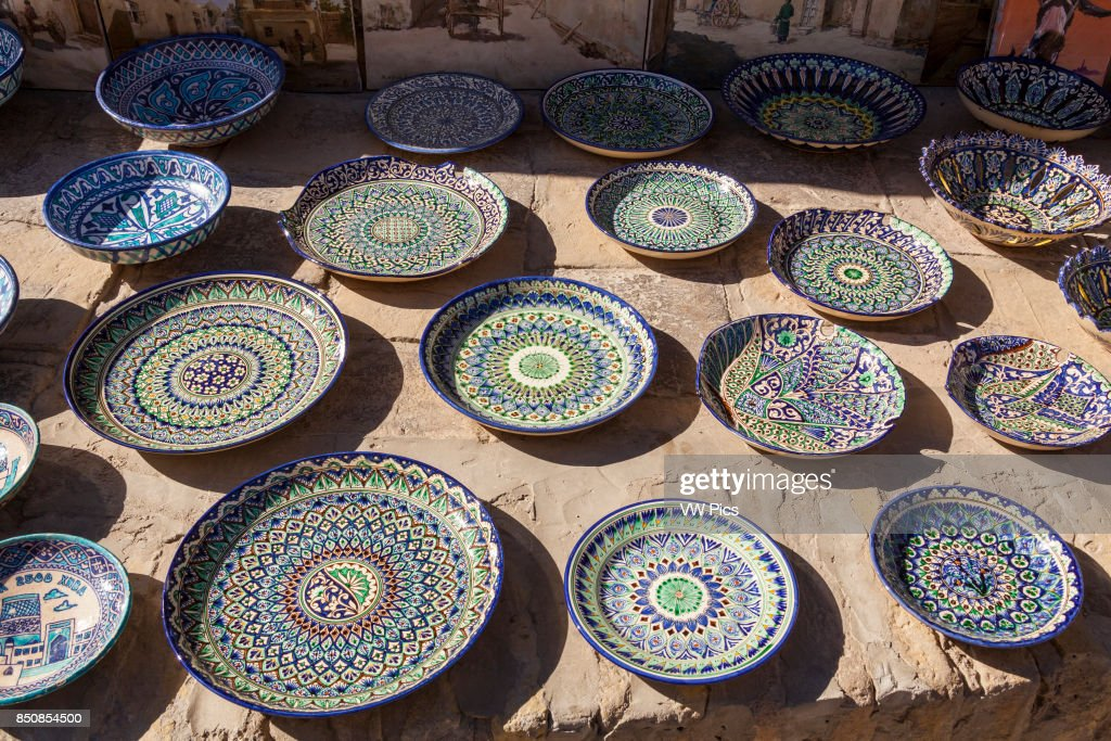 Ceramic plates and bowls for sale Ichan Kala Khiva Uzbekistan. : ceramic plates and bowls - pezcame.com