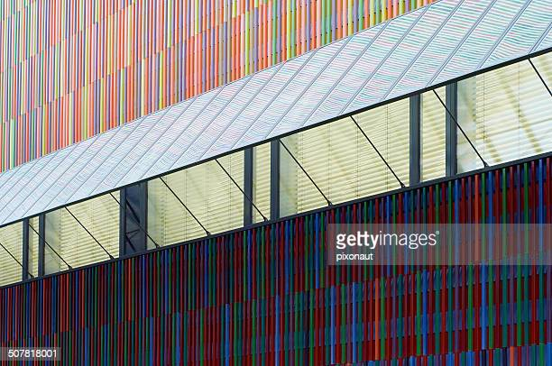 ceramic tiled wall detail - museum brandhorst munich stock pictures, royalty-free photos & images