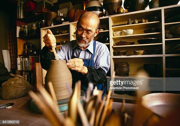 Ceramics Master Kawamura Tonubu