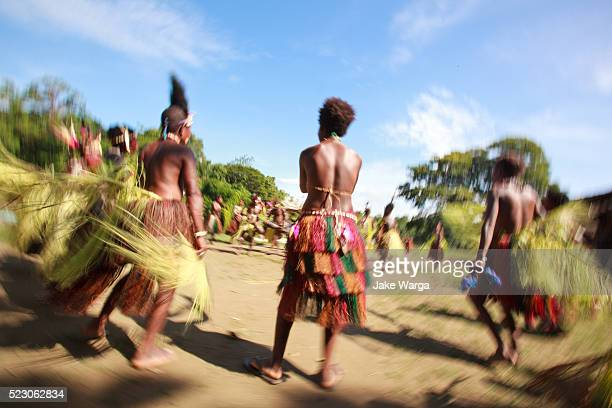 ceremonial dancing, along the sepik river, papua new guinea - papua new guinea stock pictures, royalty-free photos & images