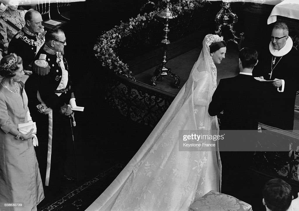 Ceremonie religieuse pour le mariage de la Princesse Margrethe et du Prince Henrik en la cathedrale le 11 juin 1967 a Copenhague, Danemark.