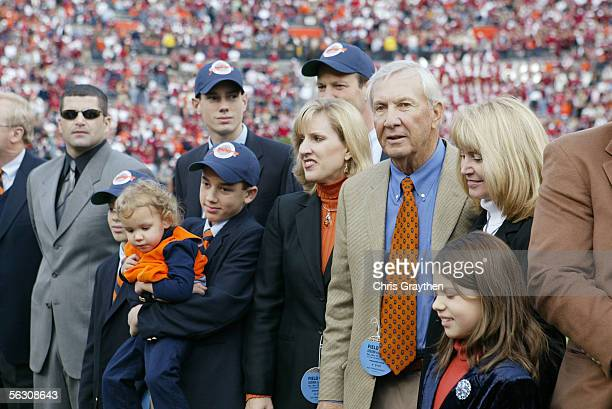 A ceremony honors former Auburn Tigers head coach Pat Dye for his induction to the College Football Hall of Fame during the game against the Alabama...