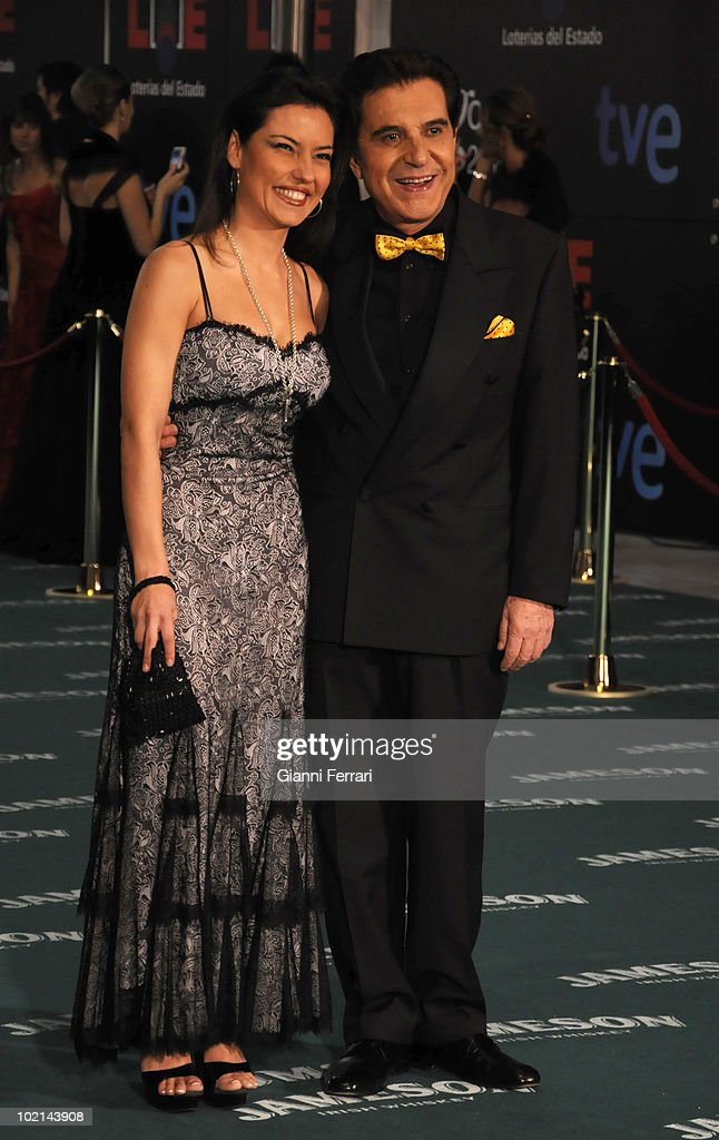 Ceremony of delivery of the cinematographic prizes 'Goya 2010', the humorist Andres Pajares and his daughter Maricielo, 14th February 2010, 'Palacio Municipal de Congresos', Madrid, Spain.