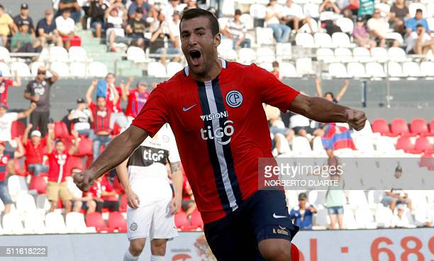 Cerro Porteno's player Raul Caceres celebrates after scoring against Olimpia during their Paraguayan Apertura 2016 football tournament match at the...