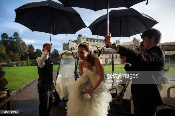 Cerys Walker 18 from Cheshire arrives at Leeds Castle for the Queen Charlotte's Ball on September 9 2017 in Maidstone England In 1780 the first...