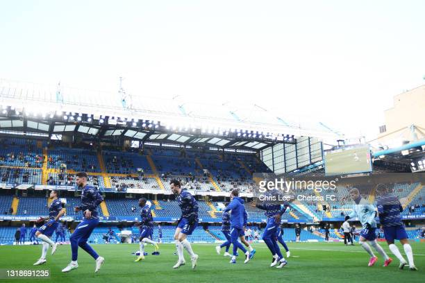 Cesar Azpilicueta, Jorginho, N'Golo Kante and Ben Chilwell of Chelsea warm up ahead of the Premier League match between Chelsea and Leicester City at...