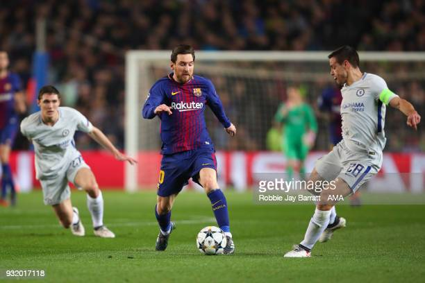 Cesar Azpilicueta of Chelsea and Lionel Messi of FC Barcelona during the UEFA Champions League Round of 16 Second Leg match FC Barcelona and Chelsea...