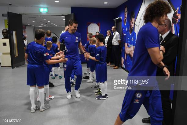 Cesar Azpilicueta of Chelsea arrives at the stadium prior to the FA Community Shield between Manchester City and Chelsea at Wembley Stadium on August...