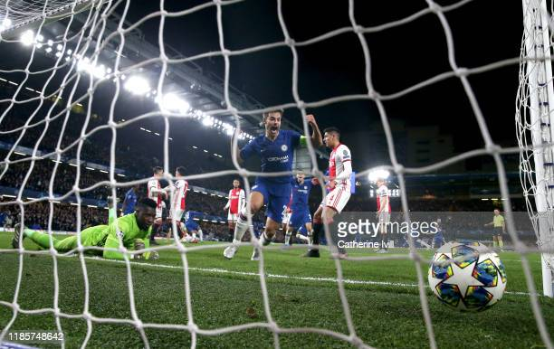 Cesar Azpilicueta of Chelsea celebrates after Reece James of Chelsea scores his team's fourth goal during the UEFA Champions League group H match...