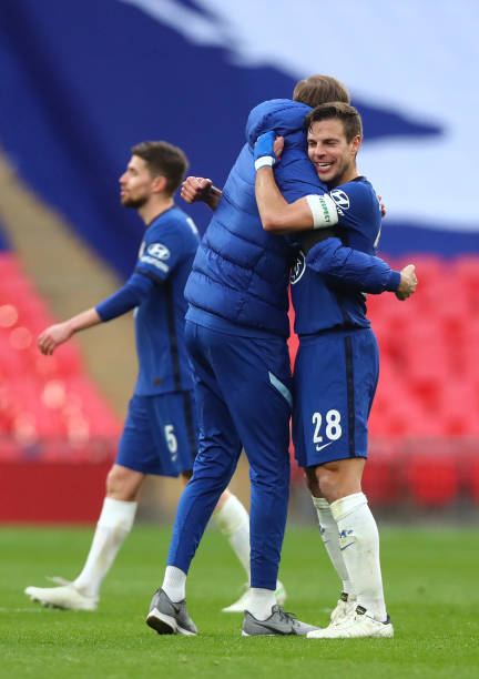 Cesar Azpilicueta of Chelsea celebrates with Thomas Tuchel after the Semi Final of the Emirates FA Cup match between Manchester City and Chelsea FC...