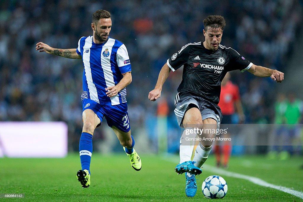 FC Porto v Chelsea FC - UEFA Champions League : News Photo