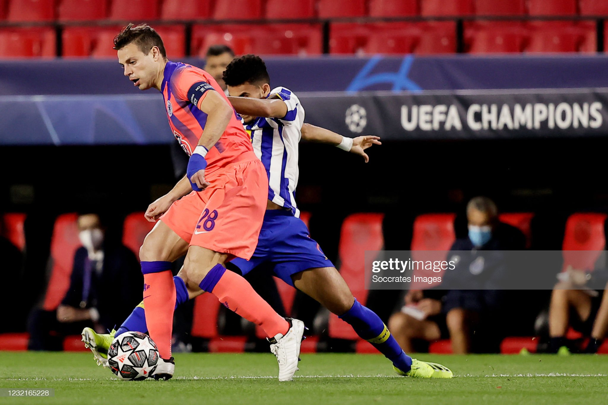 FC Porto v Chelsea - UEFA Champions League : News Photo
