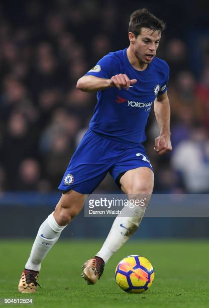 Cesar Azpilicueta of Chelsea runs with the ball during the Premier League match between Chelsea and Leicester City at Stamford Bridge on January 13...