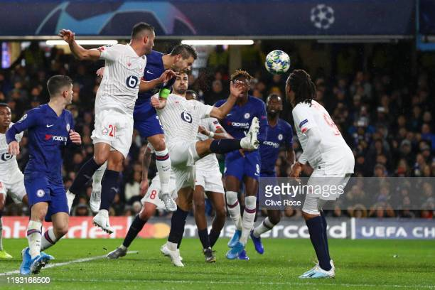 Cesar Azpilicueta of Chelsea scores his team's second goal during the UEFA Champions League group H match between Chelsea FC and Lille OSC at...
