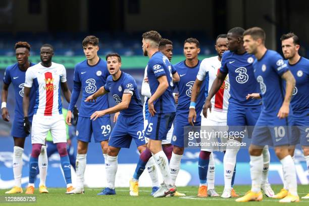 Cesar Azpilicueta of Chelsea shouts to his defensive wall during the Premier League match between Chelsea and Crystal Palace at Stamford Bridge on...