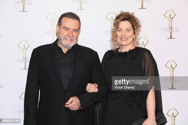 Cesar Evora and guest attend Premios Tv y Novelas 2017 at Televisa San Angel on March 26 2017 in Mexico City Mexico
